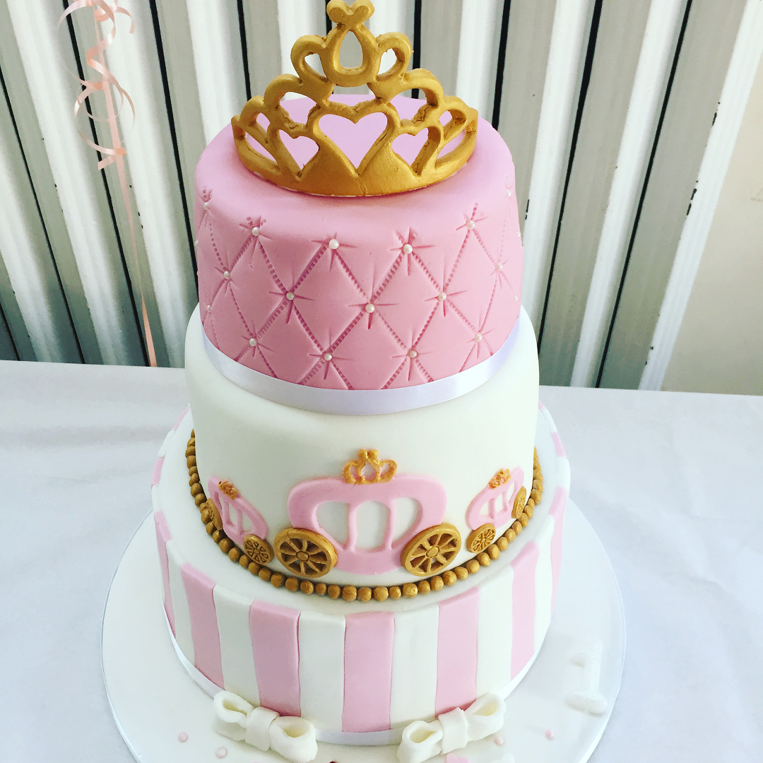 3 tier princess cake